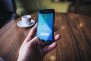 【体験談】Twitterサジェスト検索で上位表示されてアクセスが爆伸びした話